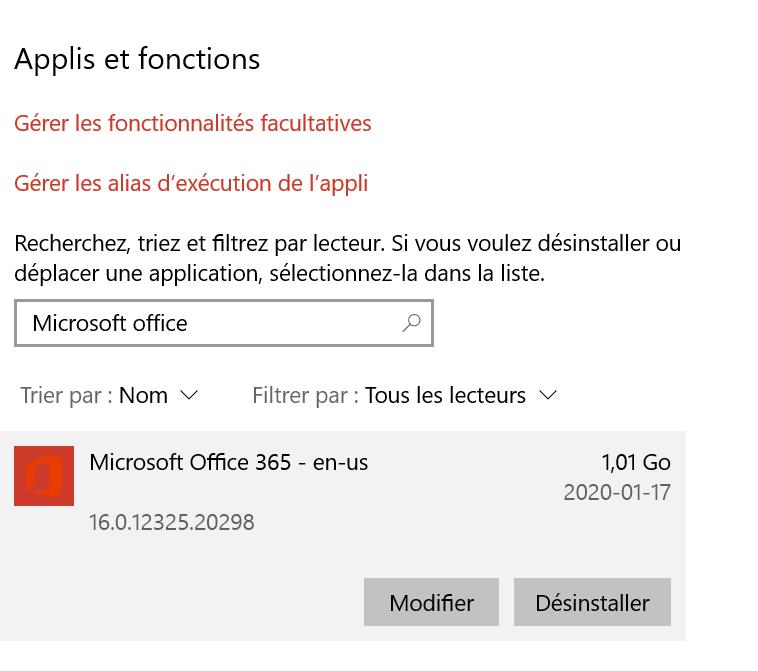 La liste applis et fonctions dans les paramètres de Windows; une recherche pour 'Microsoft Office' donne le résultat Microsoft Office 365, qui doit être désinstallé avant de procéder.